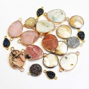 Spacers with natural stones